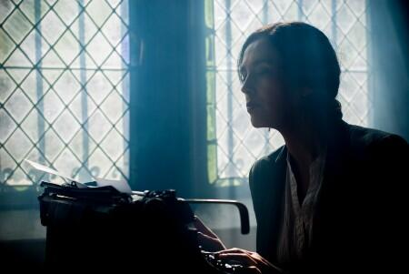 woman at the typewriter