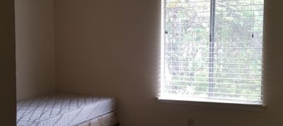 Room for rent Pomona