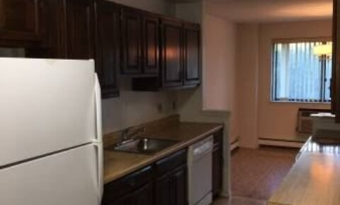 Apartments Near Manhattanville Spacious 3 Bedroom 2.5 Bathroom Duplex Apartment - Parking - Laundry / White Plains for Manhattanville College Students in Purchase, NY