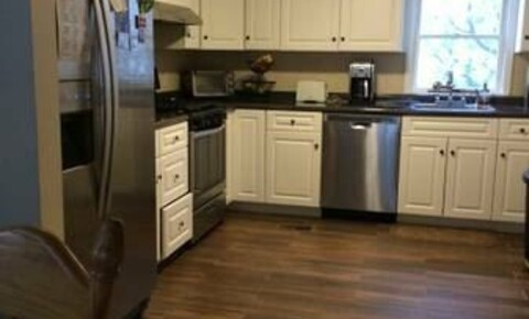 Apartments Near Old Westbury Large 3 Bed 1.5 Bath Duplex Apartment- Small Pets- Laundry- Commutors Welcome- Mamaroneck for Old Westbury Students in Old Westbury, NY