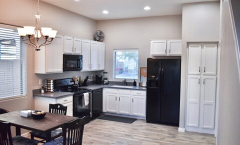 Apartments Near Tempe 2 Rooms Available: Townhouse for College Students for Tempe Students in Tempe, AZ
