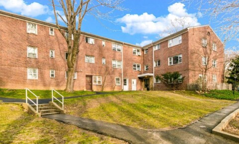 Apartments Near Dominican College 35 South Broadway L5 for Dominican College Students in Orangeburg, NY
