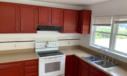 Apartments Near RPI 460 8th St 1st fl for Rensselaer Polytechnic Institute Students in Troy, NY