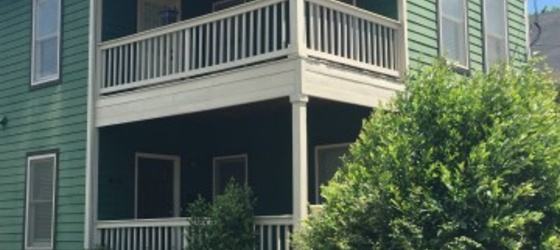 5br- 2.5ba- 2096ft2 - 2900$ (Summerhill/Grant Park) Next to Georgia State Uni