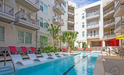 Apartments Near UT Austin 900 Chicon St for University of Texas - Austin Students in Austin, TX