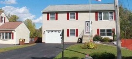 4 bedroom Schenectady County