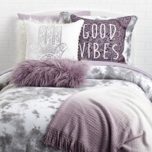 Good Vibes Dreamcatcher Pillow - Light Blue