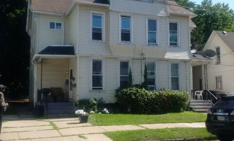 Apartments Near Gannon 223 West 16th Street 1 for Gannon University Students in Erie, PA