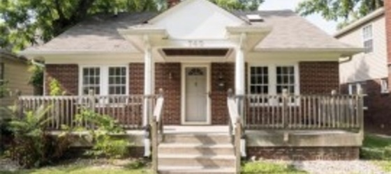 4 bed/3 bath house available 2nd semester 2018-19