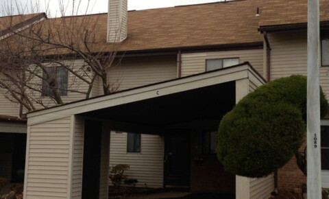 Houses Near Brick Beutifull 2BR +Den  1.5 Bath   for Brick Students in Brick, NJ