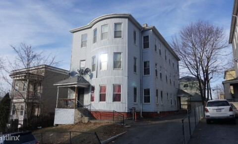 Apartments Near Nichols 12 Suffield St 2 for Nichols College Students in Dudley, MA