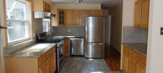 Beautiful 2 Bedroom Apt on 1st Floor - W/D - Parking / Dobbs Ferry